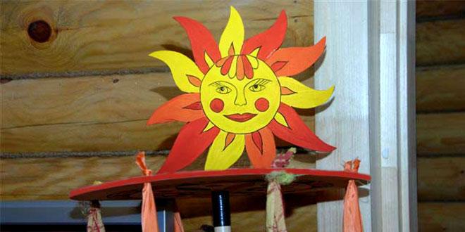 карусель, масленица, роспись по дереву, атласные ленты, солнце, северодвинская роспись, игра